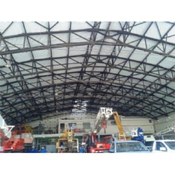 Fabricação de estrutura metálica para galpão em Itápolis